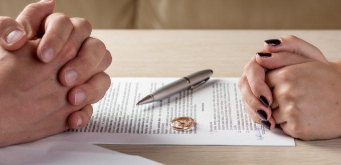 Ehescheidung Symbolbild